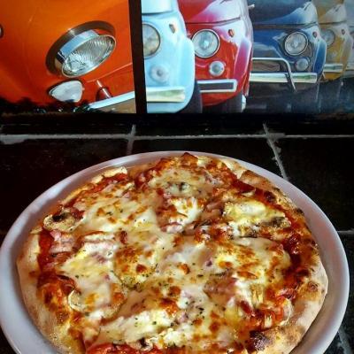 Pizza Lili